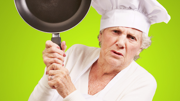 shutterstock_99954314_angry_chef_woman_620px