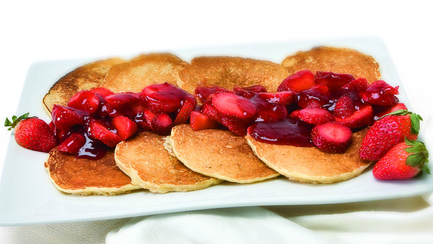 Berry_Oat_Pancakes_620px
